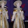 Светская дама в прогулочном костюме. Конец 18-го – начало 19 века. Фарфоровая кукла сувенирная. 3942